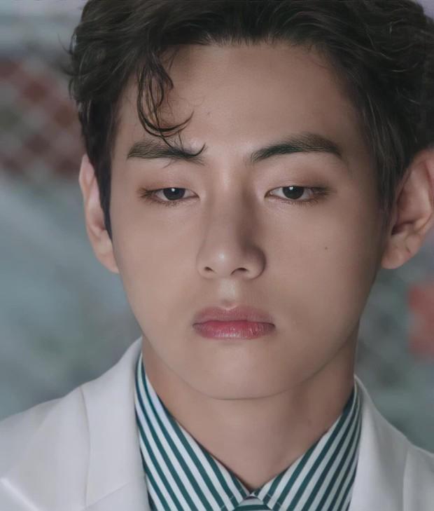 MXH toàn cầu sốc visual vì BTS tại show Louis Vuitton: Jungkook đẹp tê điếng, hot hơn cả là màn lột xác của thành viên giàu nhất nhóm - Ảnh 16.