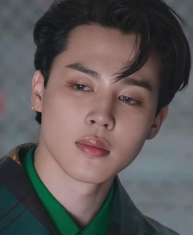MXH toàn cầu sốc visual vì BTS tại show Louis Vuitton: Jungkook đẹp tê điếng, hot hơn cả là màn lột xác của thành viên giàu nhất nhóm - Ảnh 20.