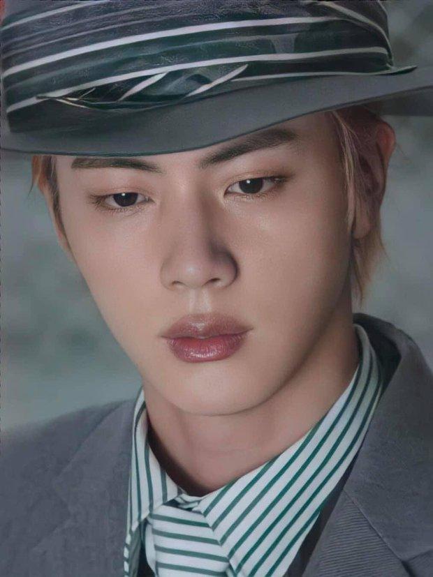 MXH toàn cầu sốc visual vì BTS tại show Louis Vuitton: Jungkook đẹp tê điếng, hot hơn cả là màn lột xác của thành viên giàu nhất nhóm - Ảnh 24.