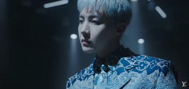 MXH toàn cầu sốc visual vì BTS tại show Louis Vuitton: Jungkook đẹp tê điếng, hot hơn cả là màn lột xác của thành viên giàu nhất nhóm - Ảnh 8.