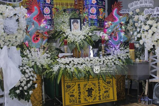 Mẹ cố diễn viên Đức Long nghẹn ngào tiết lộ về bệnh tình của con, vô cùng cảm kích vì hành động này của Cao Thái Hà - Ảnh 7.