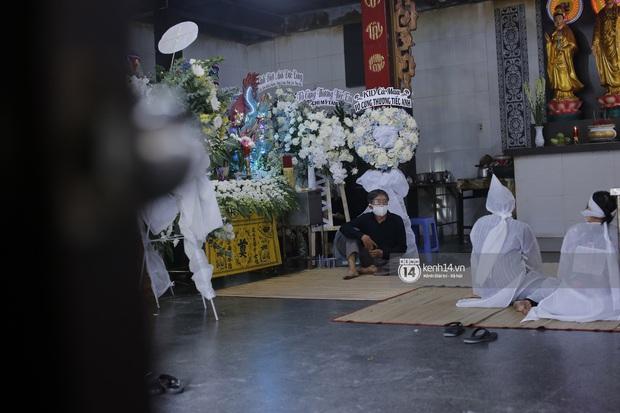 Mẹ cố diễn viên Đức Long nghẹn ngào tiết lộ về bệnh tình của con, vô cùng cảm kích vì hành động này của Cao Thái Hà - Ảnh 5.