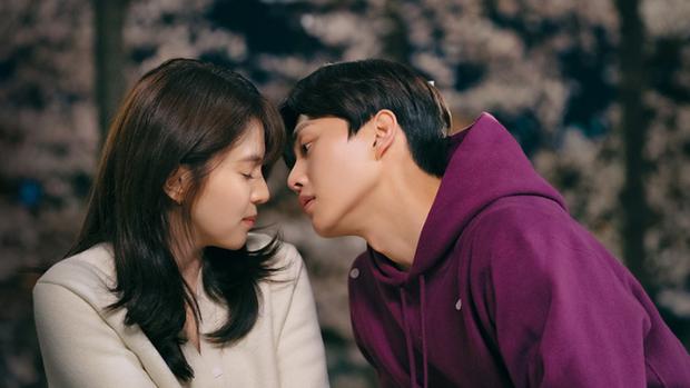 4 cặp đôi màn ảnh Hàn khiến fan nằng nặc đòi phim giả tình thật: Han So Hee - Song Kang vẫn chưa bằng số 2 - Ảnh 3.
