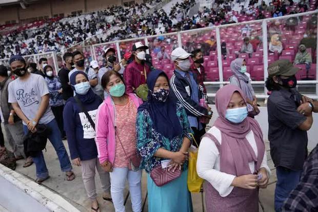 Số ca mắc tại Campuchia vẫn tăng gần 1.000 ca/ngày, dịch bệnh diễn biến khó lường ở Indonesia - Ảnh 2.