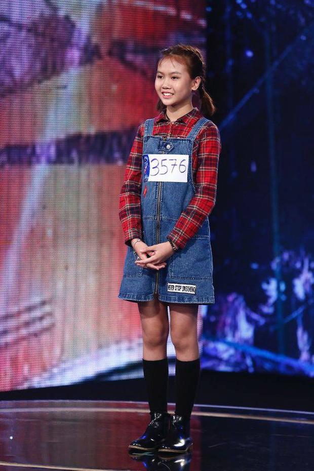 """Ca sĩ nhí Bảo An: Hiện tượng YouTube """"hạ gục"""" Sơn Tùng - Jack, siêu đáng yêu khi gán ghép đôi bên cạnh hot boy Vietnam Idol Kids - Ảnh 4."""