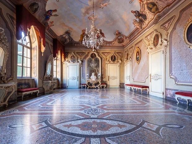 Công chúa sống trong lâu đài 900 tuổi: Khổ hơn ở nhà cấp 4, tìm nhau tốn 2 tiếng vì có tận 45 phòng, mất đồ coi như mất luôn - Ảnh 6.