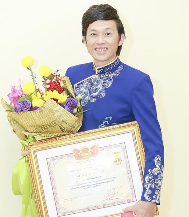 Văn bản trả lời về việc thu hồi danh hiệu của NSƯT Hoài Linh sau lùm xùm 15 tỷ từ thiện - Ảnh 2.