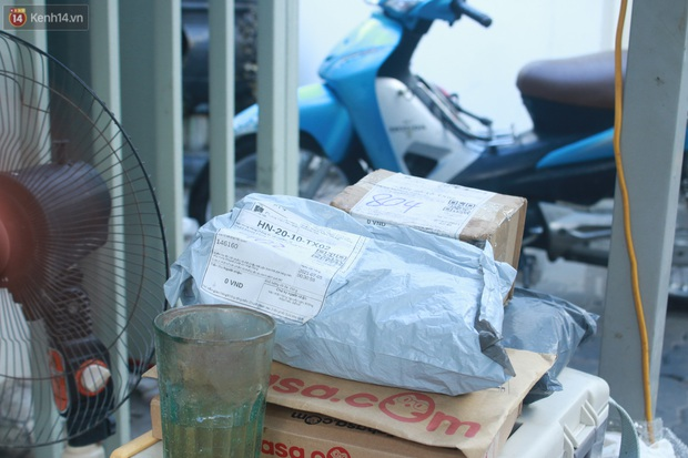 Hà Nội: Phong toả toà chung cư ở Thanh Xuân nơi có 2 ca dương tính SARS-CoV-2 - Ảnh 10.