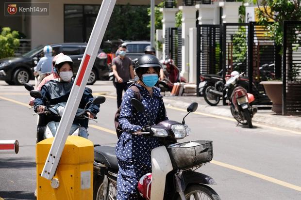 Hà Nội: Phong toả toà chung cư ở Thanh Xuân nơi có 2 ca dương tính SARS-CoV-2 - Ảnh 4.