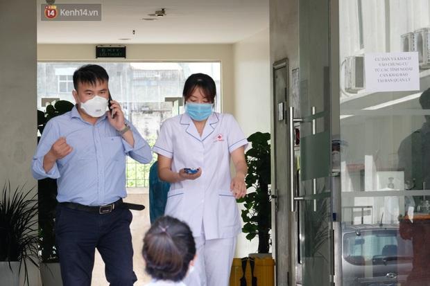Hà Nội: Phong toả toà chung cư ở Thanh Xuân nơi có 2 ca dương tính SARS-CoV-2 - Ảnh 3.