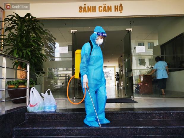Hà Nội: Phong toả toà chung cư ở Thanh Xuân nơi có 2 ca dương tính SARS-CoV-2 - Ảnh 5.
