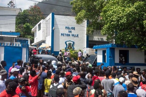 Kịch tính vụ vây bắt nghi phạm ám sát Tổng thống Haiti - Ảnh 2.