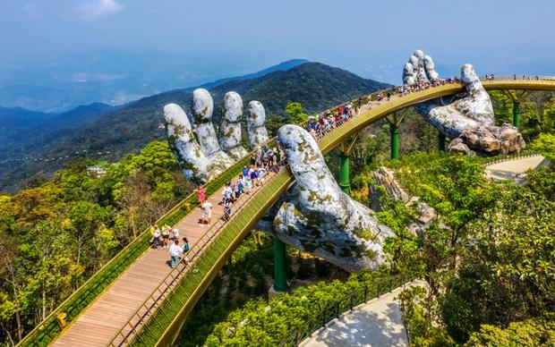 Số lượng khách quốc tế đến Việt Nam ít kỷ lục trong vòng gần 5 năm - Ảnh 2.