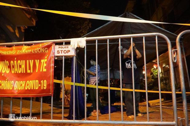 Hà Nội: Phong toả tạm thời ngõ 651 Minh Khai do có 20 ca nghi nhiễm Covid-19 - Ảnh 2.