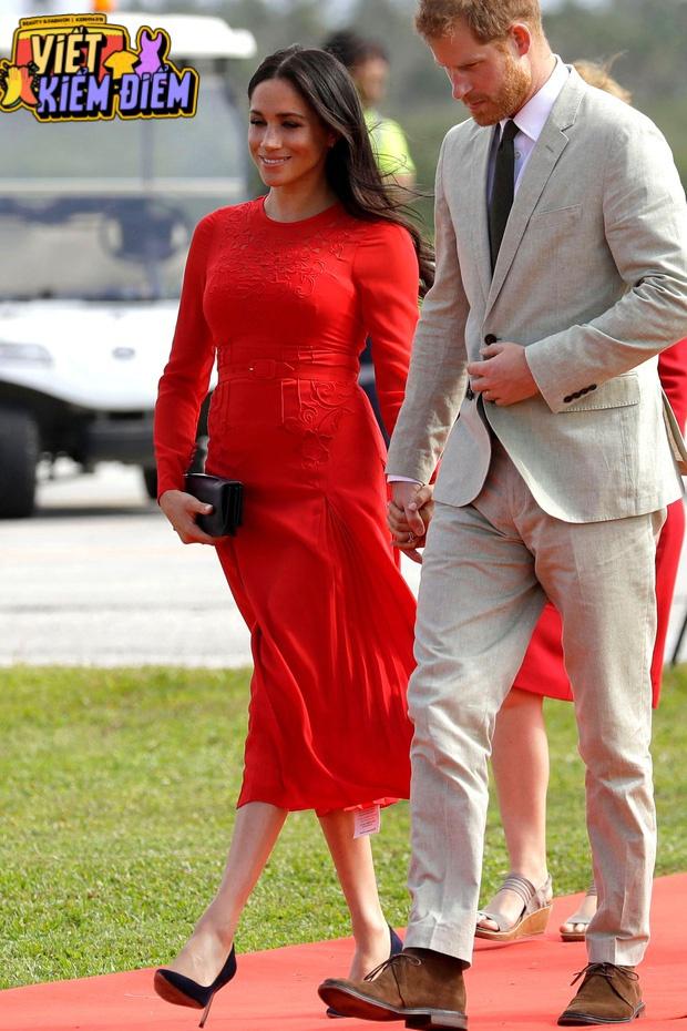 Meghan Markle từng bị chê không thể mặc sang bằng công nương Kate, một phần bởi lý do khá buồn cười này - Ảnh 7.