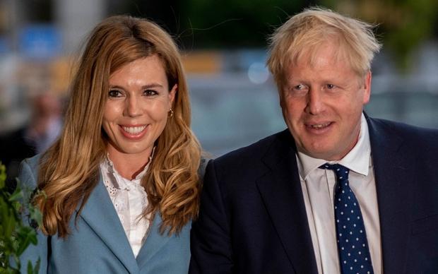 """Truyền thông Anh: Thủ tướng Johnson và phu nhân Carrie đang """"chờ đón"""" đứa con thứ 2 - Ảnh 1."""