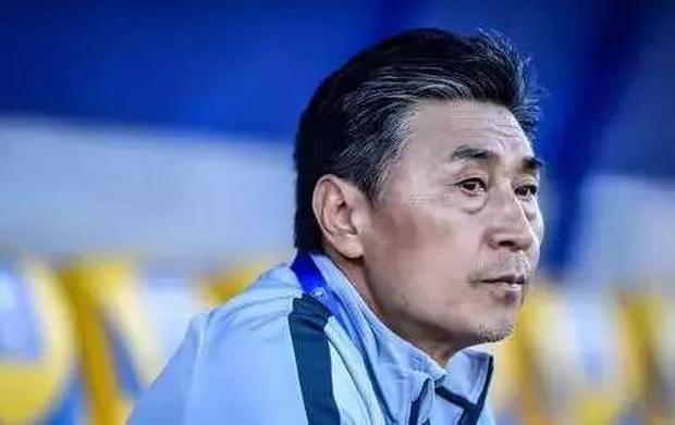 NÓNG: HLV Trung Quốc chính thức bị sa thải vì thành tích tệ nhất lịch sử - Ảnh 2.