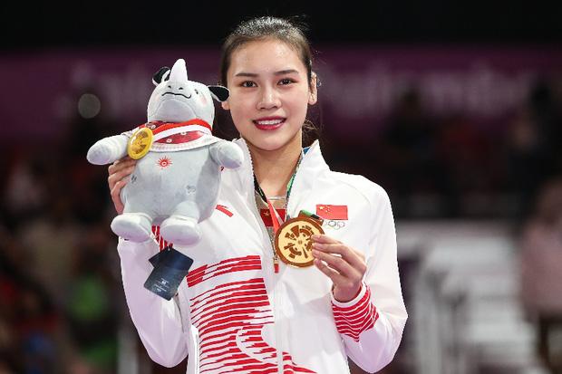 Khoảnh khắc chấn thương của nữ thần thể dục dụng cụ Trung Quốc bất ngờ gây sốt và kết cục đáng tự hào ở Olympic Tokyo 2020 - Ảnh 1.