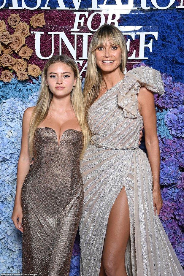 Thảm tím gala Unicef: Katy Perry lột xác, con gái Heidi Klum ngực khủng át cả tình cũ Brooklyn và Emily Ratajkowski hở hiểm hóc - Ảnh 14.