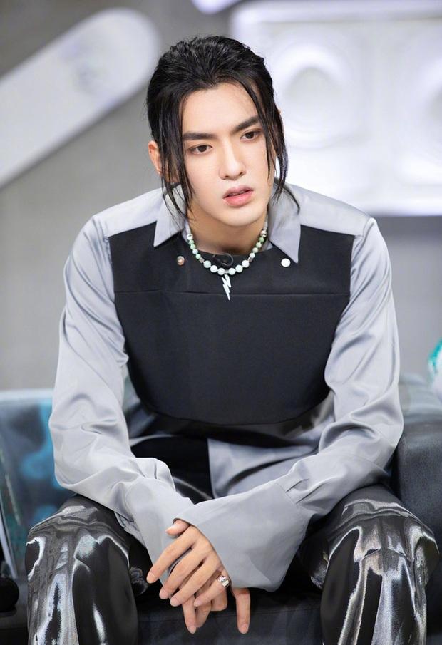 Xem đoạn clip fan Ngô Diệc Phàm hát ủng hộ idol làm netizen cứ nhớ đến màn chia tay đẫm nước mắt huyền thoại của Will với 365daband - Ảnh 10.