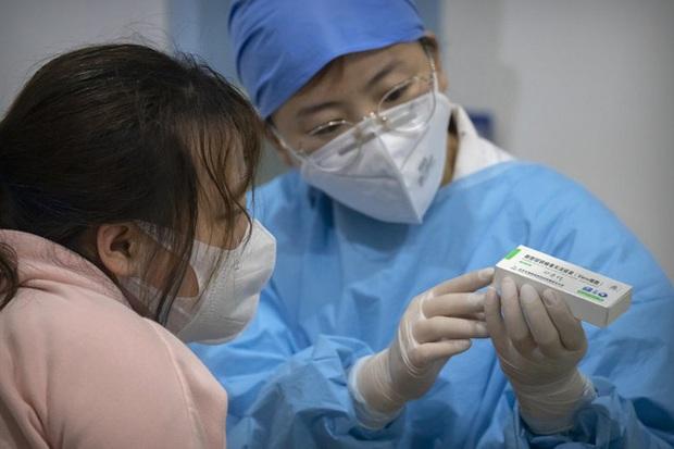 Trung Quốc công bố hiệu quả của vaccine COVID-19 với biến thể Delta - Ảnh 2.