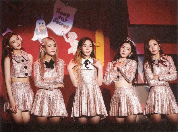 Red Velvet bảo toàn đội hình vượt qua số 7 lời nguyền: Áp lực so sánh với TWICE, BLACKPINK cùng màn đóng băng tiếc nuối - Ảnh 9.