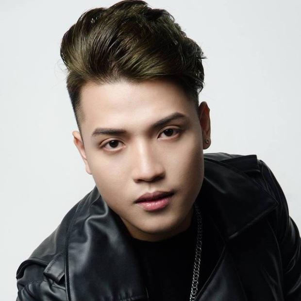 Một kênh YouTube Việt Nam sắp đạt được nút Kim Cương, nhưng sao lại khiến cộng đồng ngao ngán? - Ảnh 1.