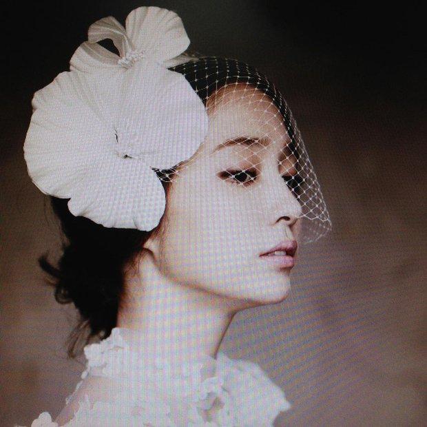 Kỷ niệm 8 năm, mỹ nhân Vườn Sao Băng xả ảnh cưới chưa từng công bố với Lee Byung Hun: Couple quyền lực, visual đỉnh cao có khác! - Ảnh 5.