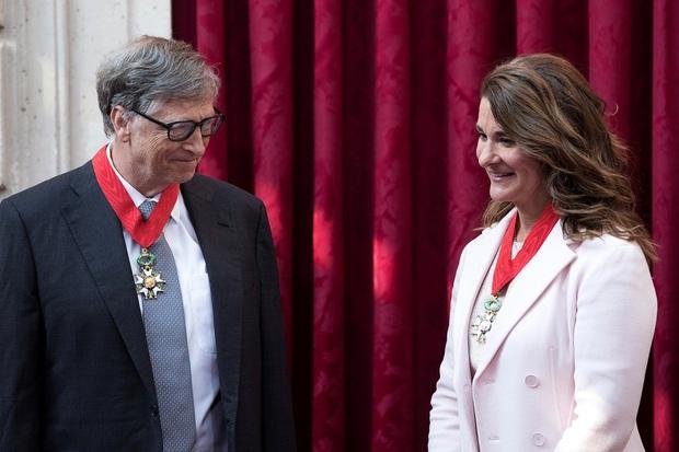 Bill Gates tiếp tục chuyển 2 tỷ USD cho vợ cũ - Ảnh 1.