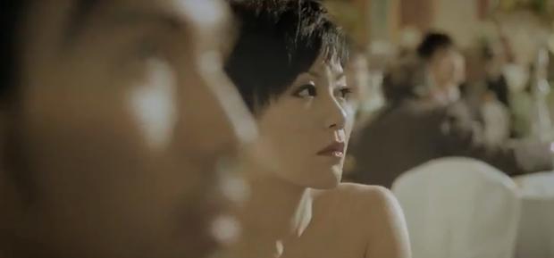 Phim Hoa ngữ 18+ gây sốc khi chiếu clip chú rể ân ái với đàn ông ngay lễ cưới, biểu cảm cô dâu nhìn mà tức giận giùm - Ảnh 6.