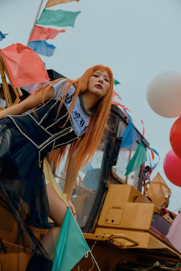 """Ngộp visual trong ảnh """"nhá hàng"""" lạ mắt của Red Velvet: Irene đẹp """"câm nín"""" sau phốt, Wendy mặt đơ lột xác đỉnh cao - Ảnh 20."""