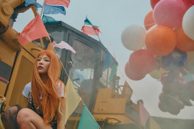"""Ngộp visual trong ảnh """"nhá hàng"""" lạ mắt của Red Velvet: Irene đẹp """"câm nín"""" sau phốt, Wendy mặt đơ lột xác đỉnh cao - Ảnh 21."""