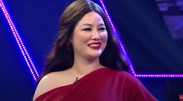 Nữ nghệ sĩ chê đàn ông Việt non kém, không giỏi chuyện chăn gối trên sóng truyền hình - Ảnh 1.