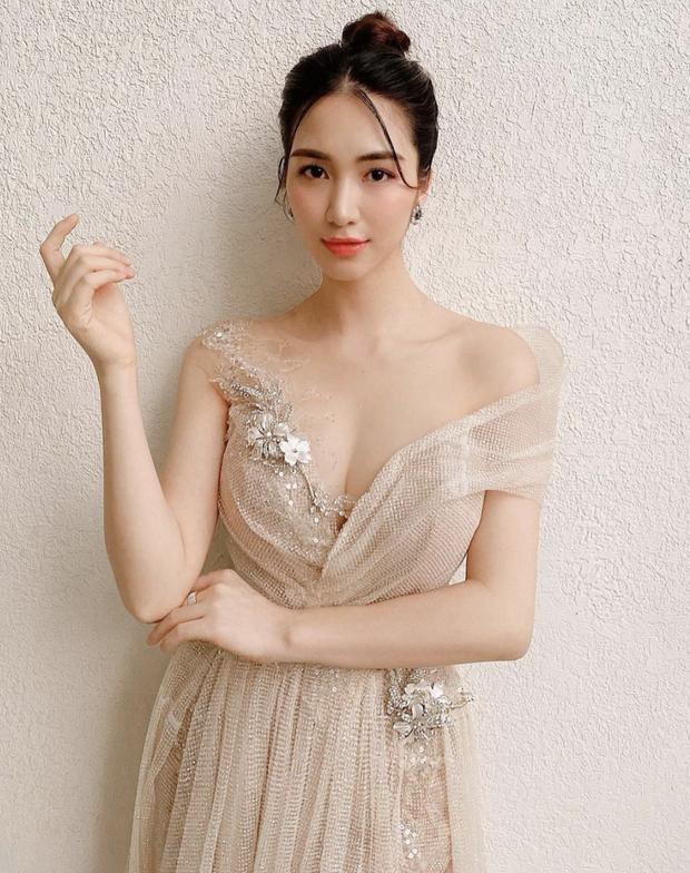 Diện bikini để lộ vòng 1 khủng, Hoà Minzy bị netizen soi đã xoá hình xăm tên Công Phượng ở ngực trái - Ảnh 5.