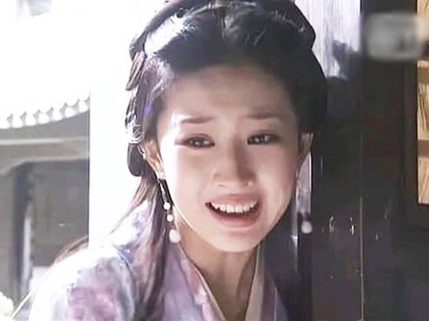 Mỹ nhân Hoa ngữ lộ khuyết điểm chết người trên phim: Lưu Diệc Phi - Đường Yên chỉ đẹp khi không cười, Triệu Lệ Dĩnh gầy đến trơ xương - Ảnh 13.