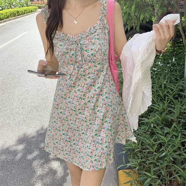 """Hòa Minzy khoe váy hai dây siêu xinh, giá cực """"êm"""" chỉ 90k nàng nào cũng nên tia gấp - Ảnh 13."""