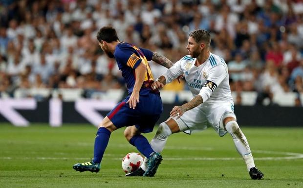 Từng chặt chém Messi kinh khủng nhất, Vua thẻ đỏ Sergio Ramos giờ lại tích cực nịnh bợ đồng đội mới ở PSG - Ảnh 9.