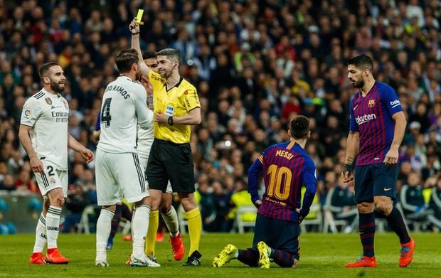 Từng chặt chém Messi kinh khủng nhất, Vua thẻ đỏ Sergio Ramos giờ lại tích cực nịnh bợ đồng đội mới ở PSG - Ảnh 17.