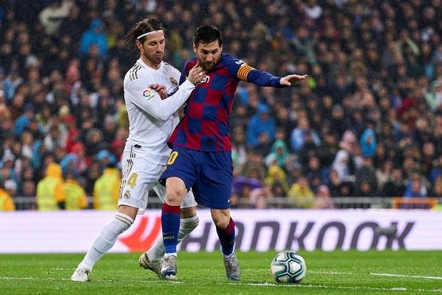 Từng chặt chém Messi kinh khủng nhất, Vua thẻ đỏ Sergio Ramos giờ lại tích cực nịnh bợ đồng đội mới ở PSG - Ảnh 18.