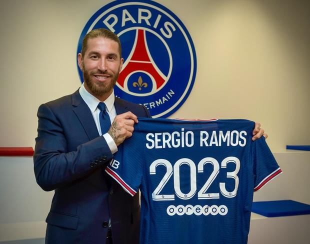 Từng chặt chém Messi kinh khủng nhất, Vua thẻ đỏ Sergio Ramos giờ lại tích cực nịnh bợ đồng đội mới ở PSG - Ảnh 20.