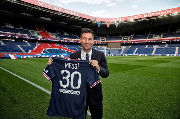 Từng chặt chém Messi kinh khủng nhất, Vua thẻ đỏ Sergio Ramos giờ lại tích cực nịnh bợ đồng đội mới ở PSG - Ảnh 21.