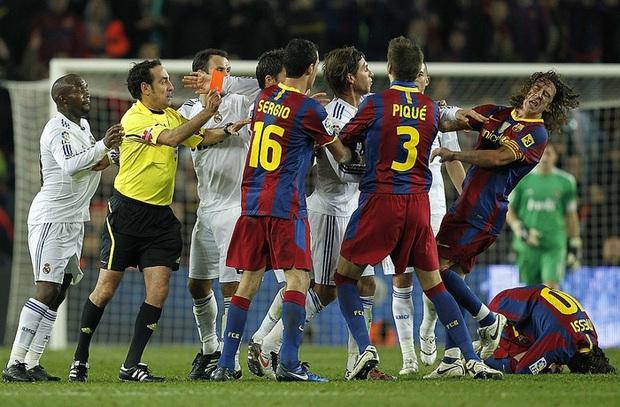 Từng chặt chém Messi kinh khủng nhất, Vua thẻ đỏ Sergio Ramos giờ lại tích cực nịnh bợ đồng đội mới ở PSG - Ảnh 4.
