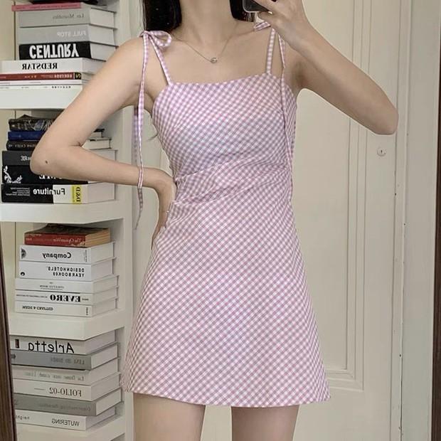 """Hòa Minzy khoe váy hai dây siêu xinh, giá cực """"êm"""" chỉ 90k nàng nào cũng nên tia gấp - Ảnh 11."""