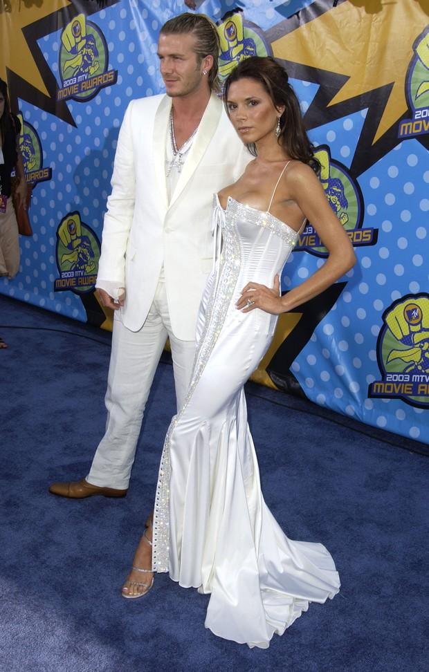 Chê Selena Gomez xấu, mỉa mai Victoria Beckham, chửi xéo dân Trung, liên hoàn vạ miệng của vị nào đây? - Ảnh 7.