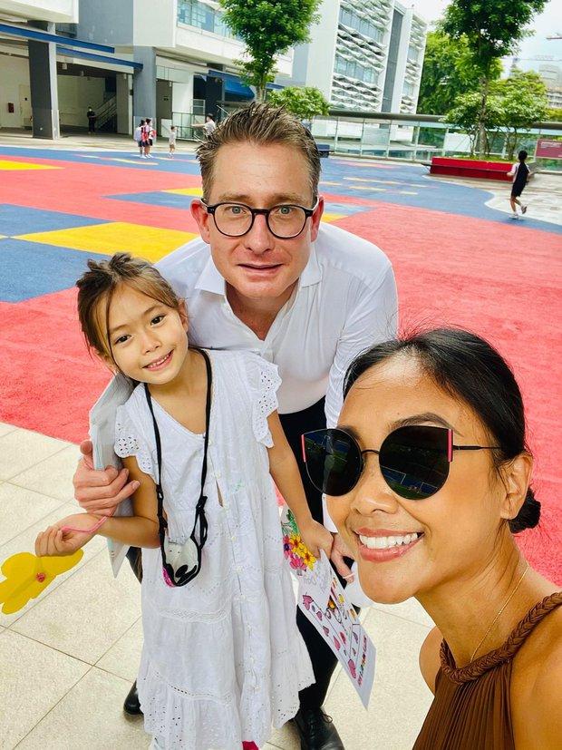 Thu Minh, Đoan Trang và MC Hoàng Oanh tụ họp tại Singapore, ấm lòng bữa tiệc bếp núc của dàn mỹ nhân xa quê vì đại dịch - Ảnh 10.