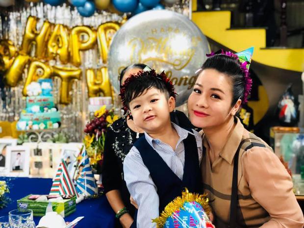 5 tháng sau khi thắng kiện tranh quyền nuôi con, Nhật Kim Anh tiết lộ phải áp dụng cưỡng chế với chồng cũ - Ảnh 2.