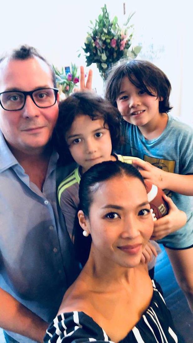 Thu Minh, Đoan Trang và MC Hoàng Oanh tụ họp tại Singapore, ấm lòng bữa tiệc bếp núc của dàn mỹ nhân xa quê vì đại dịch - Ảnh 9.