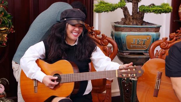 Ca sĩ từng có cát xê cao top 10 Việt Nam: 2 đời chồng, bỏ học đi hát và giàu nhờ buôn bất động sản - Ảnh 2.