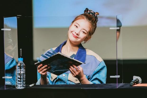Soojin rời (G)I-DLE, netizen liền chỉ trích Lia (ITZY), Hyunjin (Stray Kids) khi vẫn nhởn nhơ hoạt động dù dính bê bối bạo lực học đường - Ảnh 5.