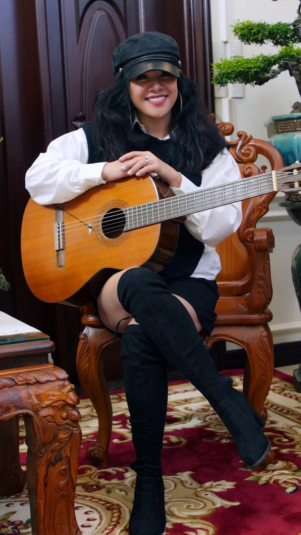 Ca sĩ từng có cát xê cao top 10 Việt Nam: 2 đời chồng, bỏ học đi hát và giàu nhờ buôn bất động sản - Ảnh 3.